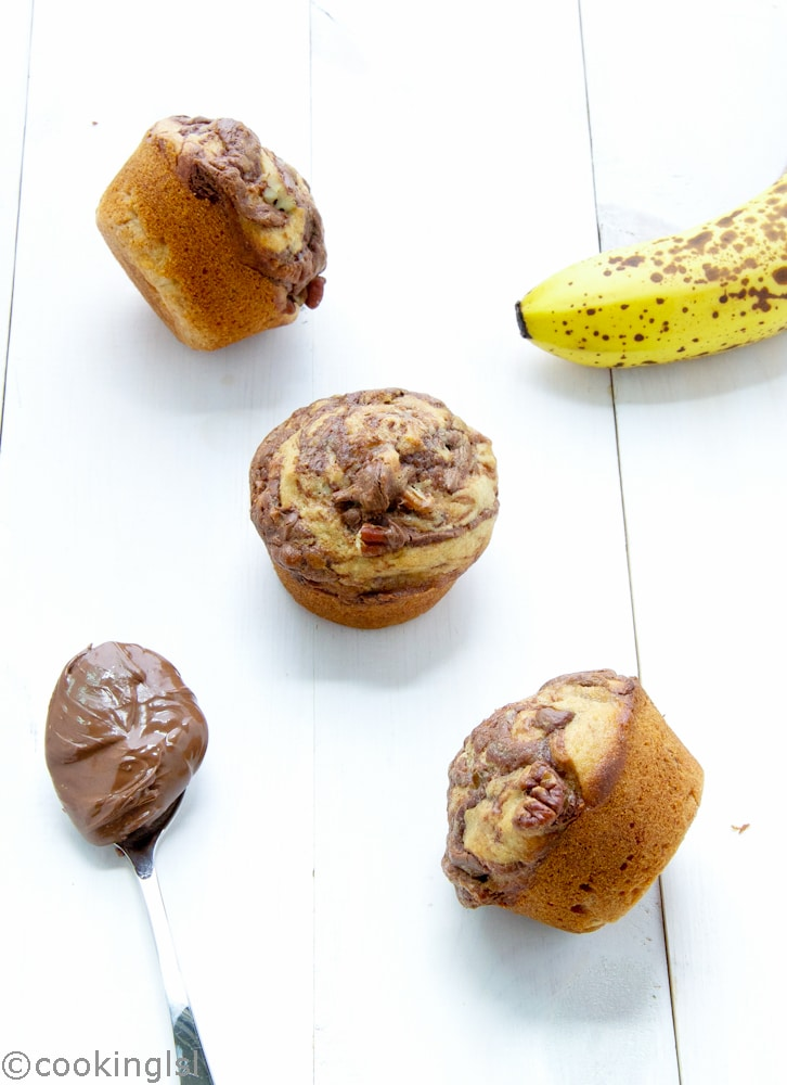 Nutella-swirl-banana-muffins-with-pecans