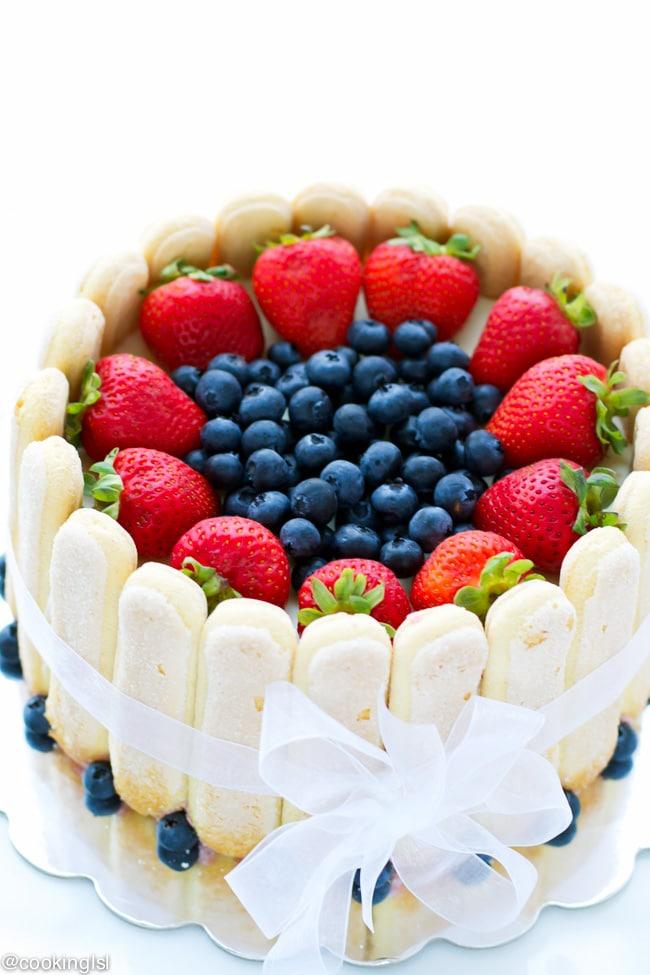 strawberry-blueberry-charlotte-cake-recipe