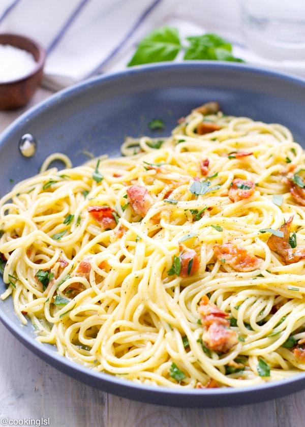spaghetti-carbonara-pasta-20-minute