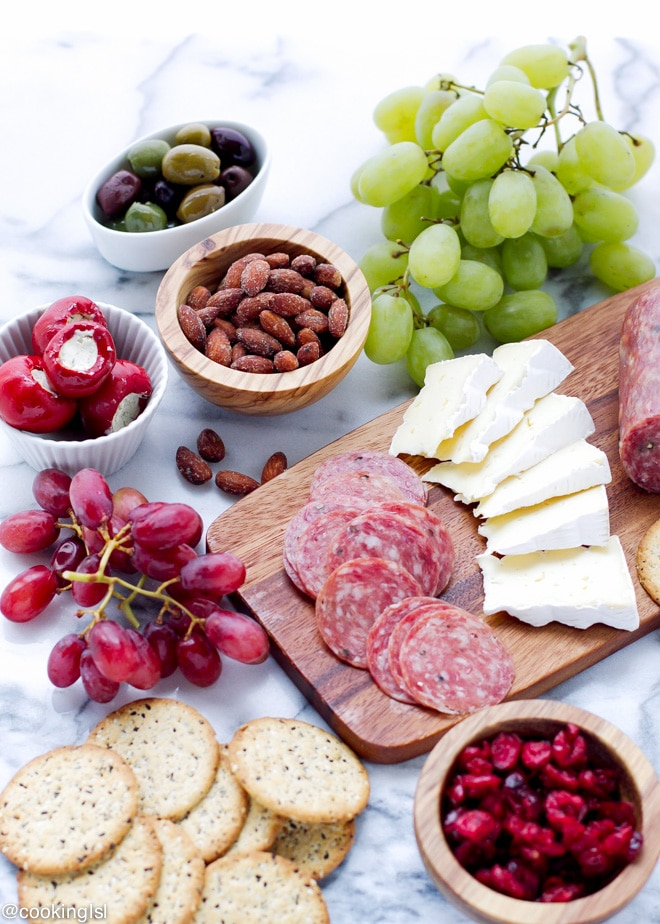blue-diamond-cheese-grapes-tray