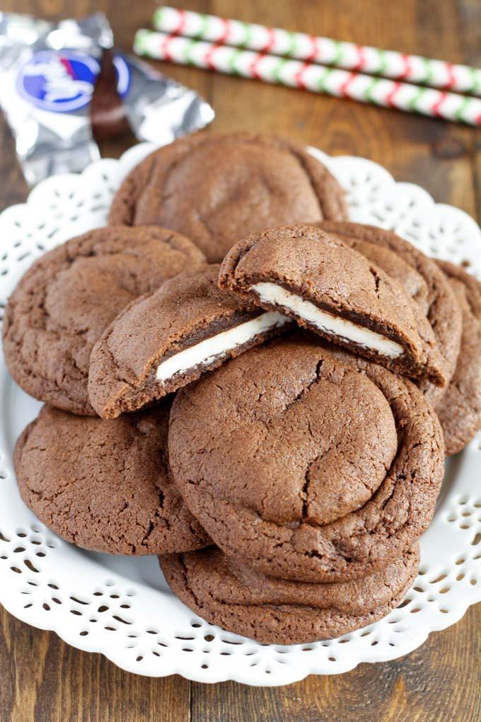 Peppermint-Patty-Stuffed-Chocolate-Cookies1