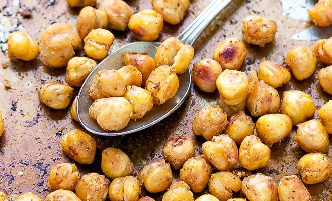 The Easiest Roasted Chickpeas Recipe