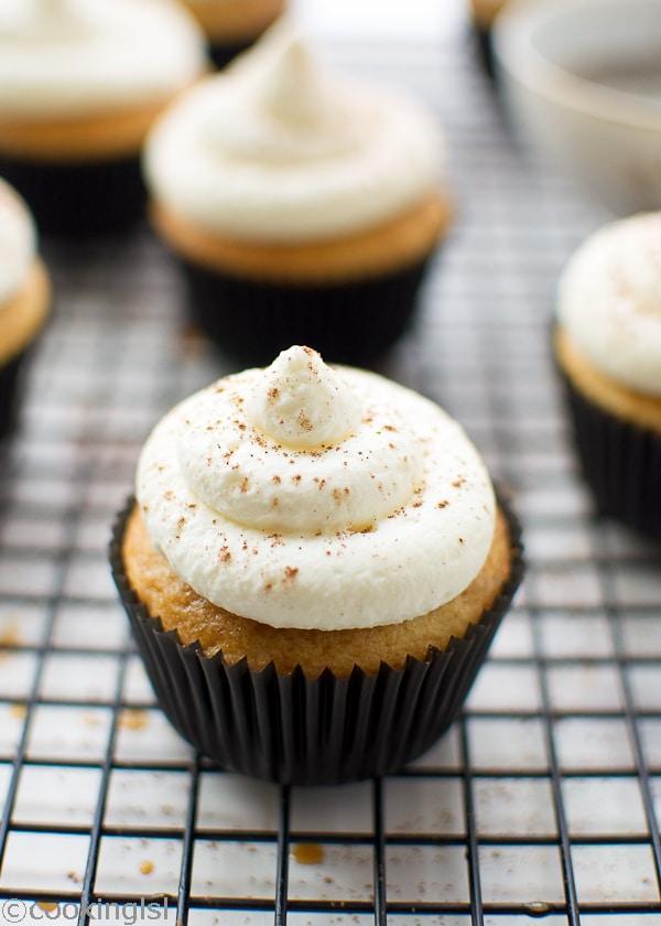 Tiramisu CupcakesTiramisu Cupcakes With Mascarpone Cream